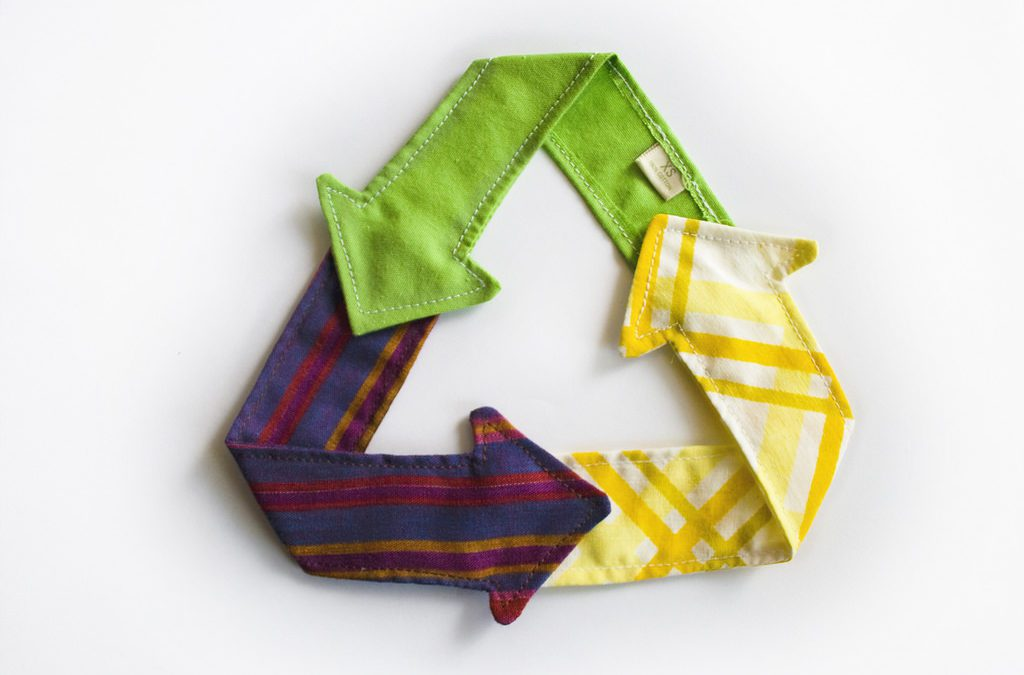 Wasting clothes is out of fashion. Why more of us are recycling textiles. - Jump